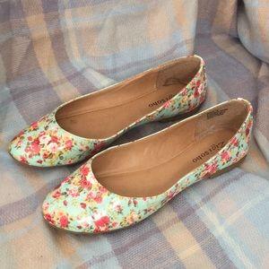 Zigisoho Aqua Floral Ballet Flats Size 10